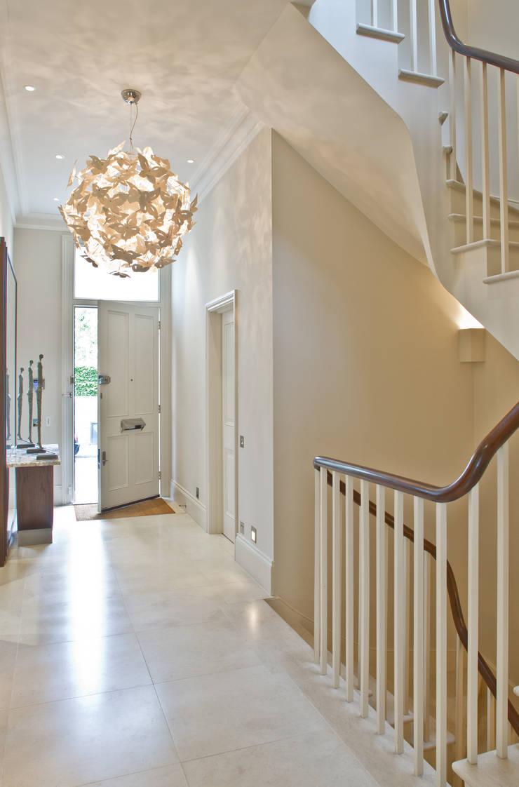 Pasillos y vestíbulos de estilo  de Nash Baker Architects Ltd, Moderno