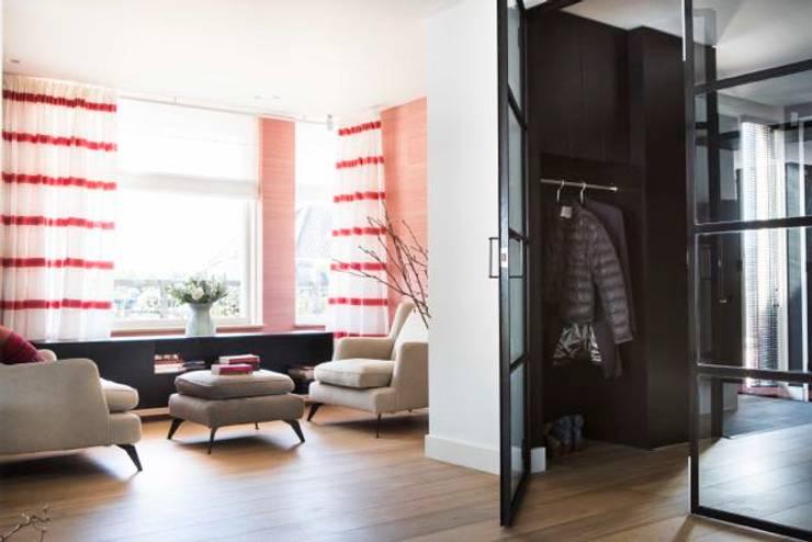 Interieurontwerp Villa:  Woonkamer door SMEELE Ontwerpt & Realiseert, Landelijk