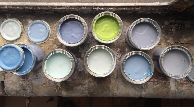 Salon de style  par vanHenry interiors & colours
