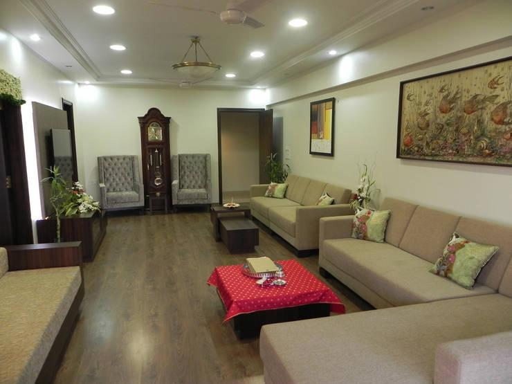 Apartment:  Living room by TWISHA THAKKER