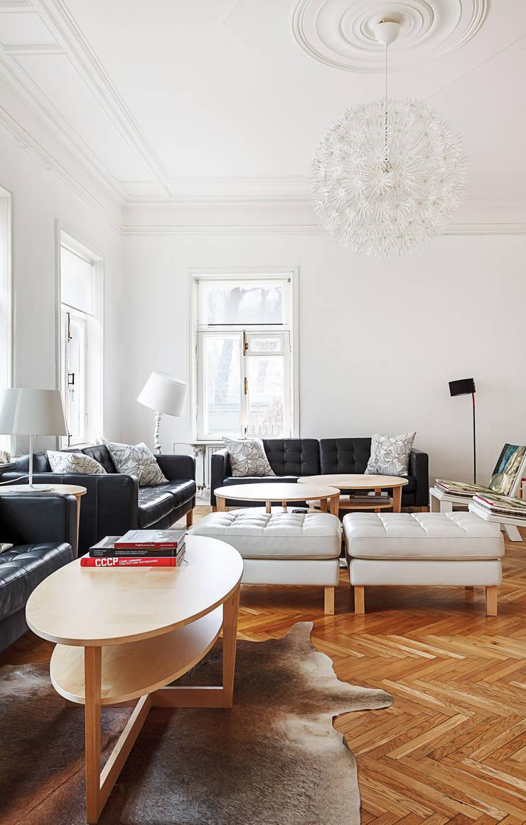 Шведский дом в Москве: Гостиная в . Автор – K-Studio