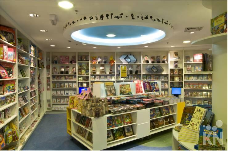 Saraiva – Manauara Shopping   AM: Lojas e imóveis comerciais  por KN Associados