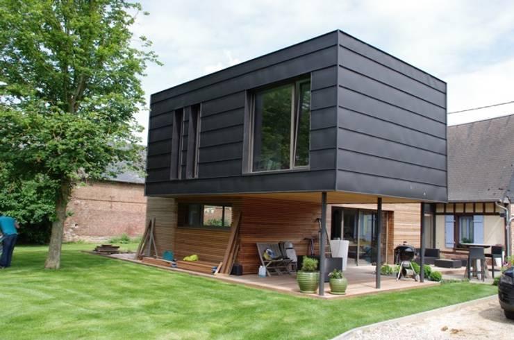 Casas modernas por Atelier d'Architecture Marc Lafagne,  architecte dplg
