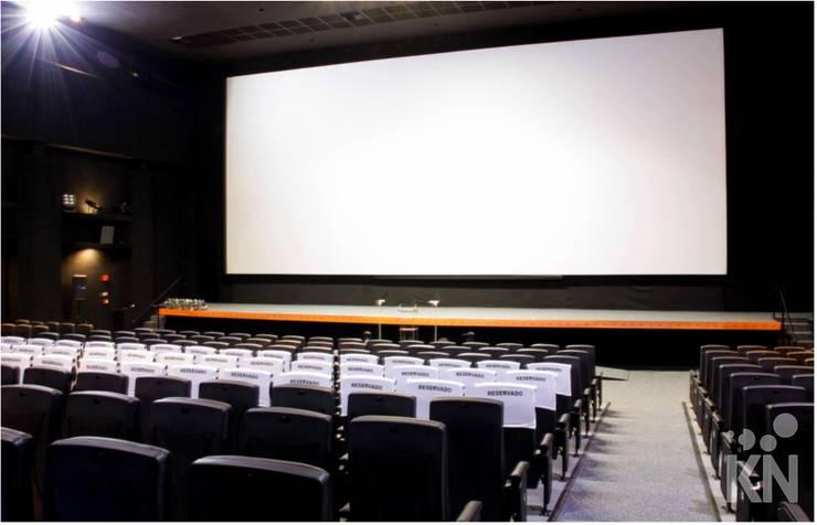 Cine Sesc: Espaços comerciais  por KN Associados