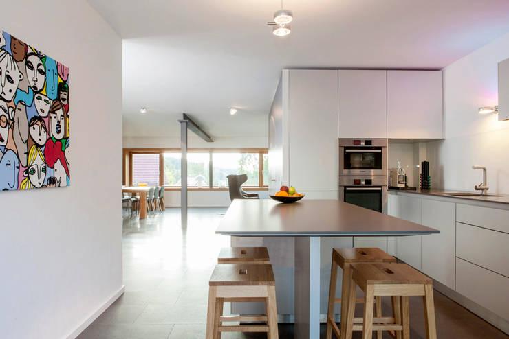 Idee fantastiche per rischiarare una cucina totalmente buia