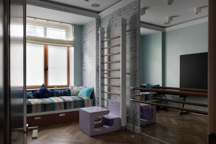 Квартира на Морском проспекте Санкт-Петербурга: Спальни в . Автор – Студия дизайна интерьера 'Юдин и Новиков', Модерн