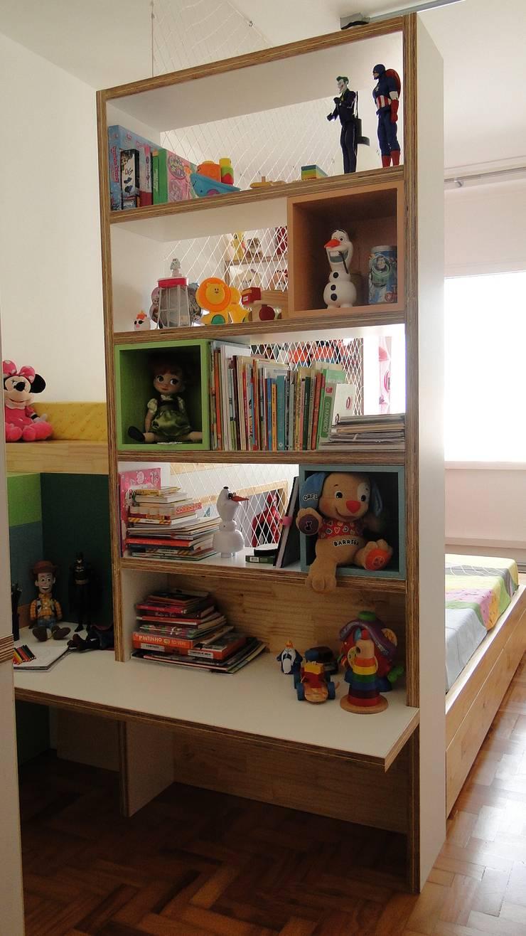 quarto para brincar: Quarto infantil  por omnibus arquitetura,