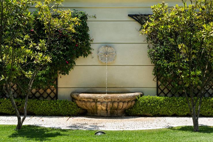 حديقة تنفيذ Luciana Moraes Paisagismo