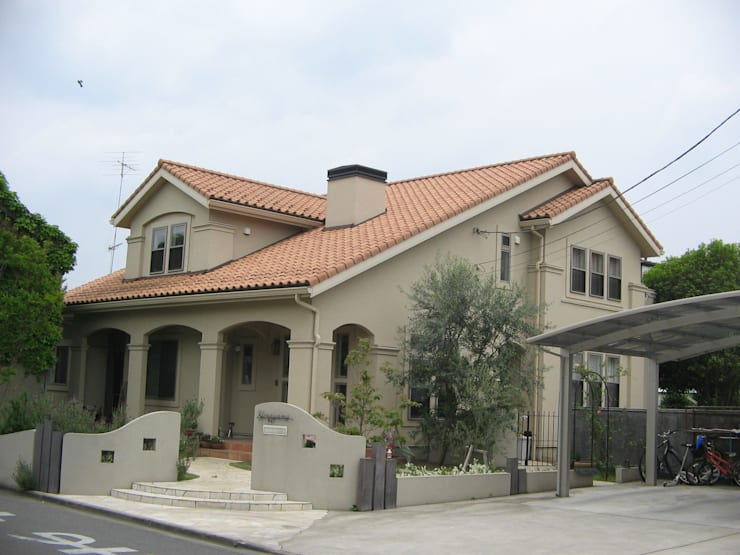 H邸: 伊澤設計が手掛けた家です。