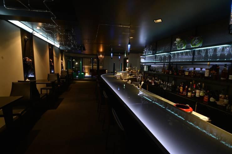 BARnikTOKYO: (株)グリッドフレームが手掛けたバー & クラブです。,