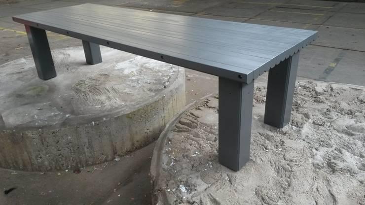 Oude plafondbalken worden 'nieuwe' tafel:  Eetkamer door Ab Houtcreaties