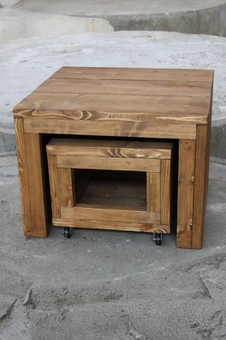(Verrijdbare) salontafels:  Woonkamer door Ab Houtcreaties