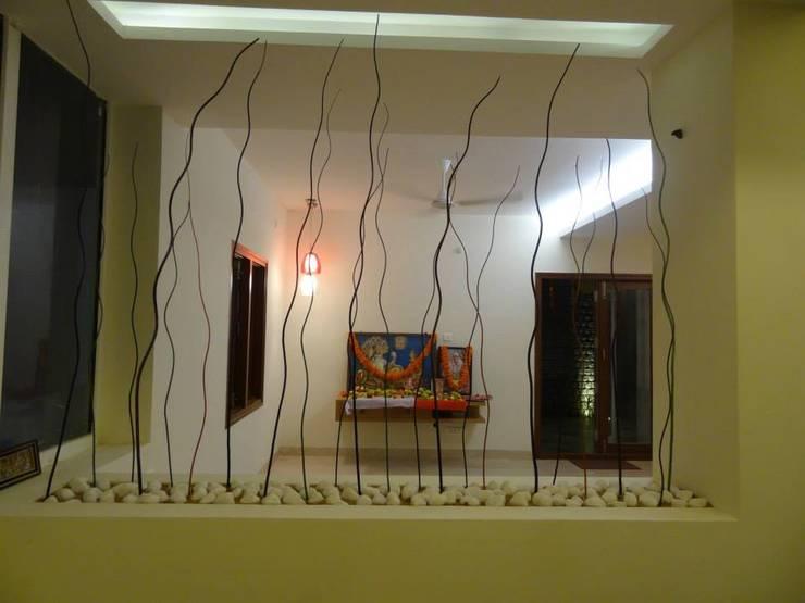modern Living room by Freelance Designer