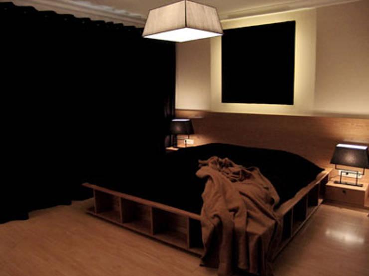 غرفة نوم تنفيذ STİLART MOBİLYA DEKORASYON İMALAT.İNŞAAT TAAH. SAN.VE TİC.LTD.ŞTİ.