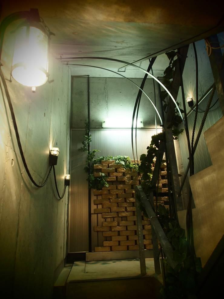 fragra/ dining bar: (株)グリッドフレームが手掛けたレストランです。