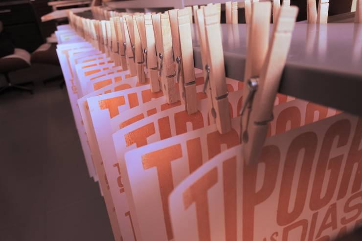 Secagem das impressões:   por Tipografia Dias
