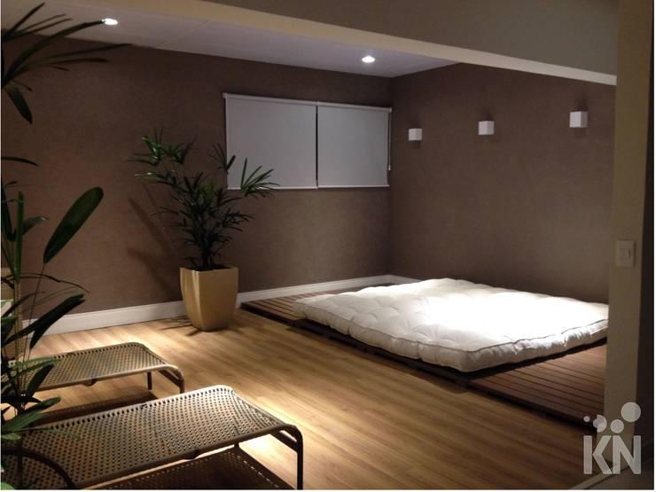 Área de Descanso: Hotéis  por KN Arquitetura