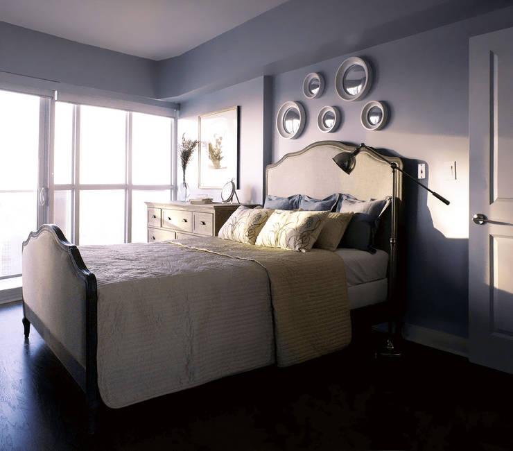 Appartement, 2012: Chambre de style  par ANNA DUVAL