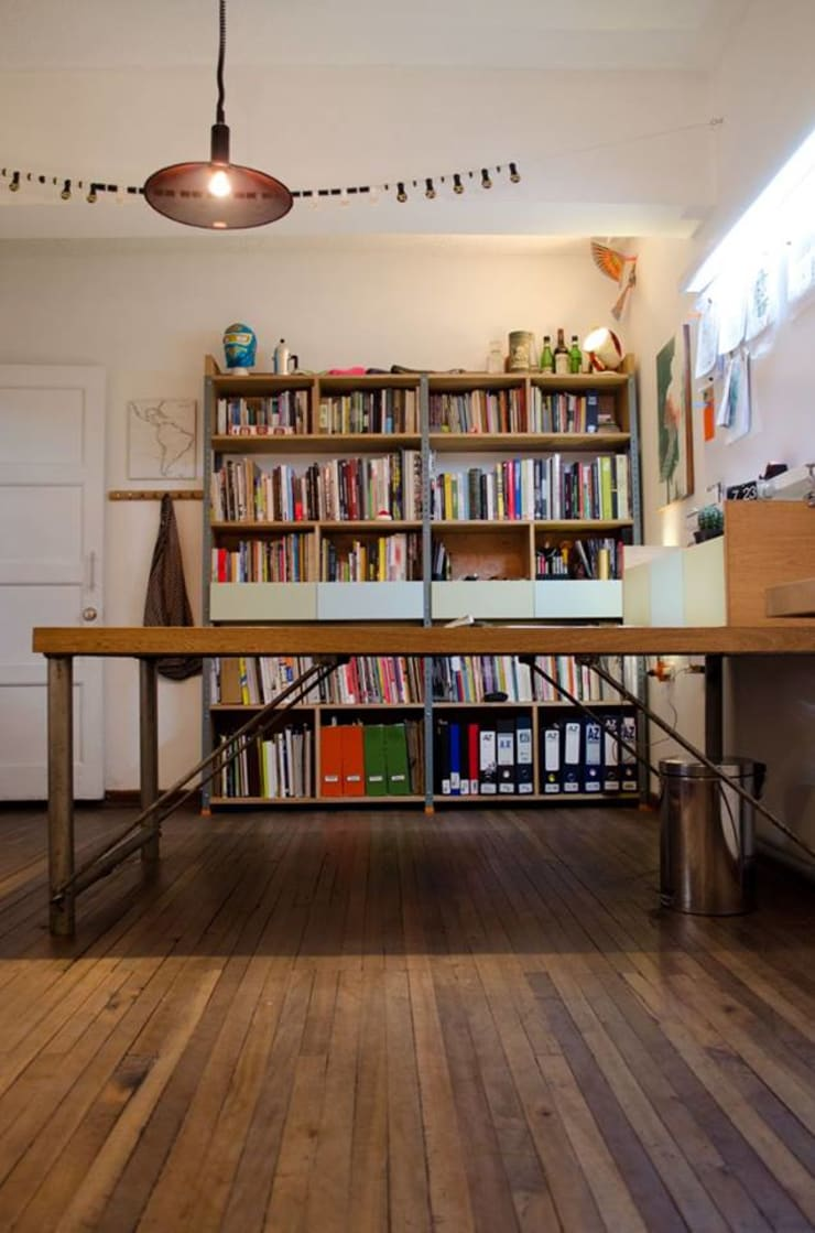 Study/office by Yemail Arquitectura, Classic