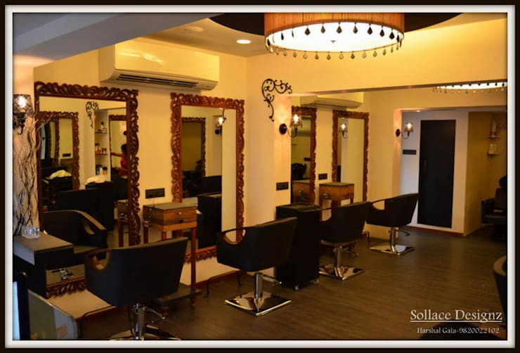 RENEE MELEK SALON:  Commercial Spaces by Sollace Designz,Rustic