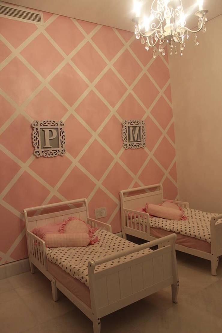 BALUARTE: Habitaciones infantiles de estilo  por RCRD Studio