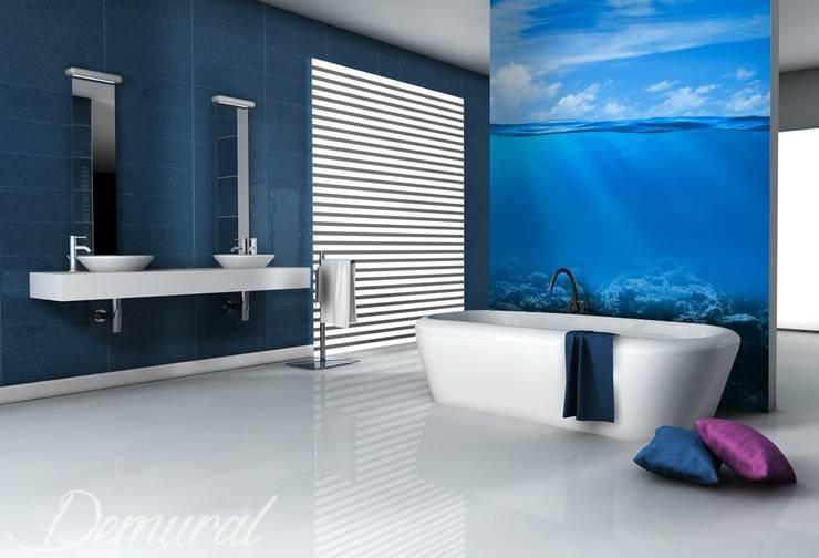 Wielki błękit: styl , w kategorii Łazienka zaprojektowany przez Demural.pl,Nowoczesny