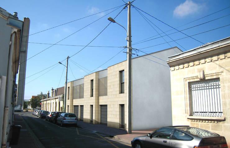 Insertion du projet sur le terrain: Maisons de style de style Moderne par Cécilia Cretté architecte