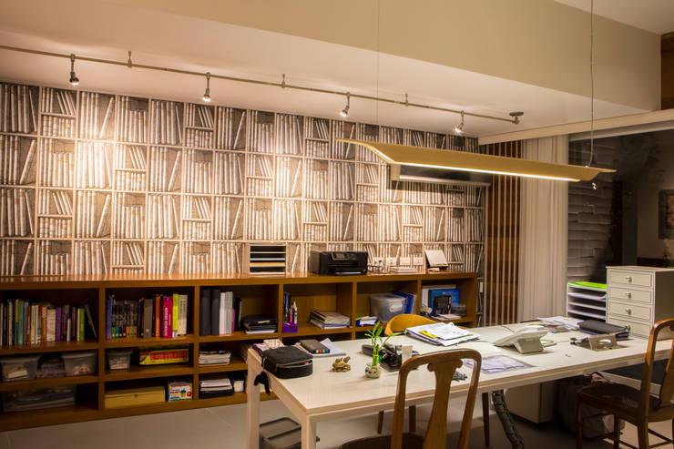 Oficinas de estilo  por DLPS Arquitectos