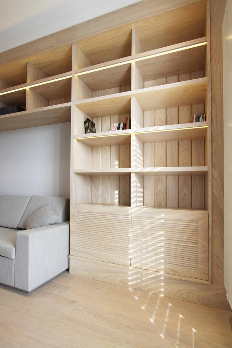 Mieszkanie dwopoziomowe Eko Park: styl , w kategorii Salon zaprojektowany przez Katarzyna Kraszewska Architektura Wnętrz
