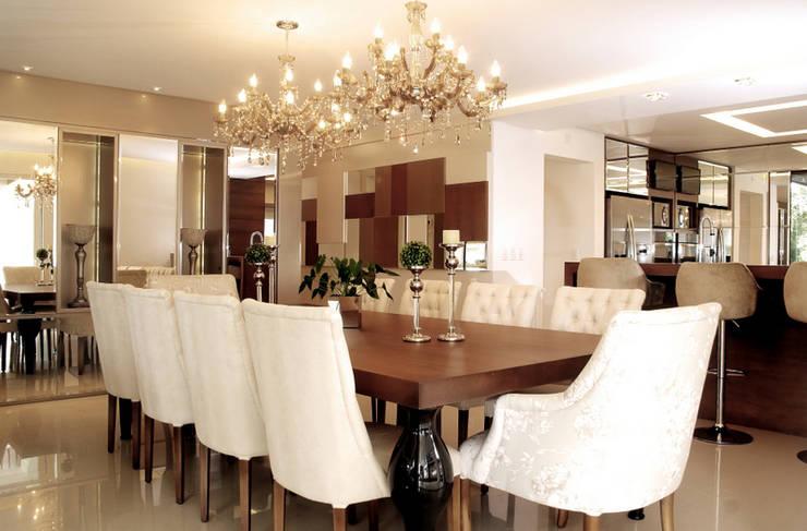 Projeto Arq. Joana Müller Braescher: Salas de jantar modernas por BRAESCHER FOTOGRAFIA