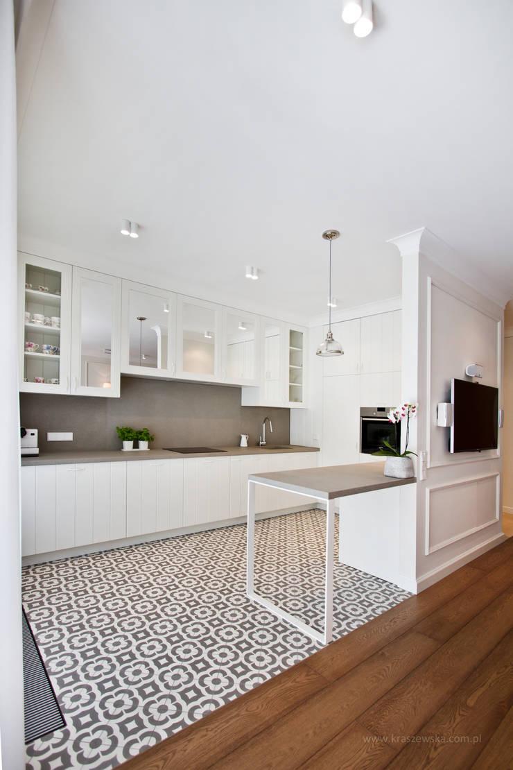 Mieszkanie Wilanów: styl , w kategorii Kuchnia zaprojektowany przez Katarzyna Kraszewska Architektura Wnętrz