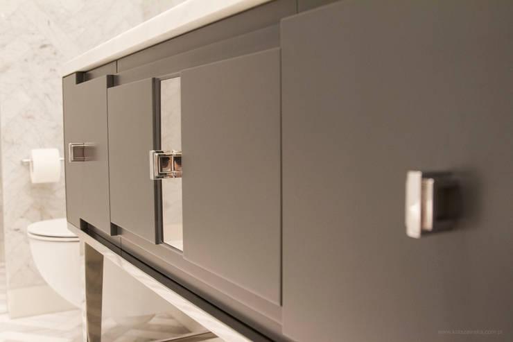 Apartament 250 m kw: styl , w kategorii Łazienka zaprojektowany przez Katarzyna Kraszewska Architektura Wnętrz,Nowoczesny