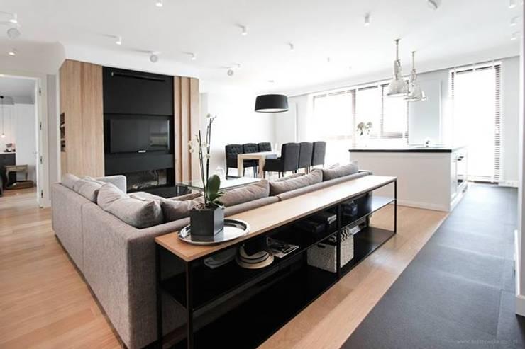Projekt Wnętrza mieszkania 140 m kw: styl , w kategorii Salon zaprojektowany przez Katarzyna Kraszewska Architektura Wnętrz,Klasyczny