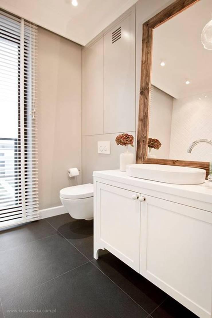 Projekt Wnętrza mieszkania 140 m kw: styl , w kategorii Łazienka zaprojektowany przez Katarzyna Kraszewska Architektura Wnętrz,Klasyczny