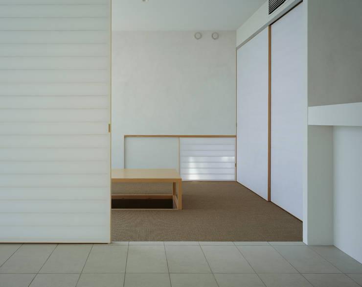 苦楽園二番町の家Ⅰ: 株式会社  小林恒建築研究所が手掛けた和室です。,