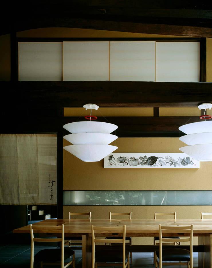 芦屋川むら玄: 株式会社  小林恒建築研究所が手掛けた和室です。