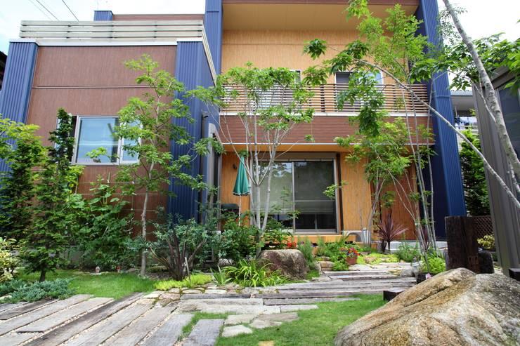 枕木木の庭 - 写真09: 平山庭店が手掛けた庭です。,