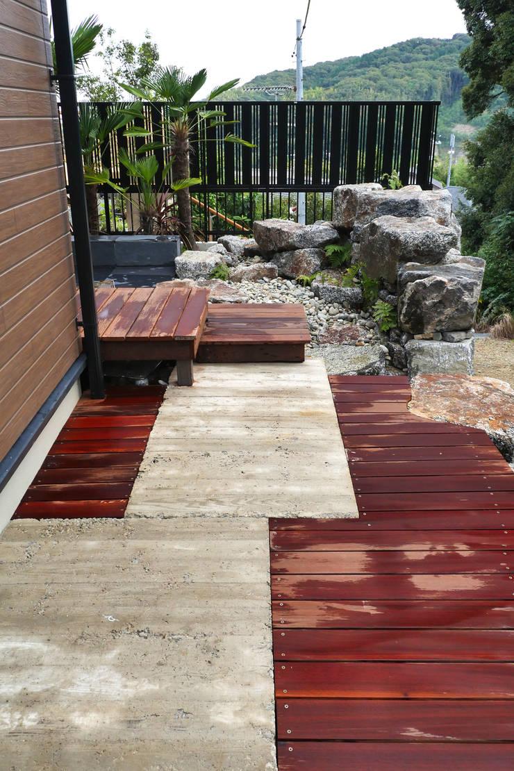 アッタ幡豆の空間 - 写真05: 平山庭店が手掛けた庭です。,