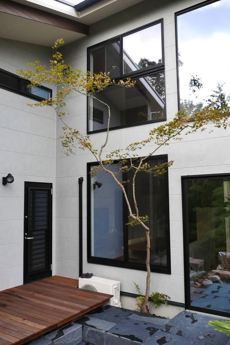 アッタ幡豆の空間 - 写真07: 平山庭店が手掛けた庭です。,