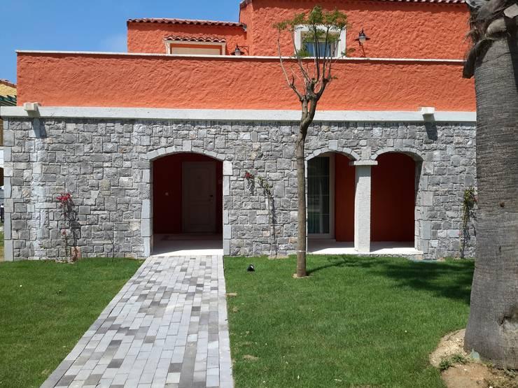 Celebi Yapı – Stone Village:  tarz Evler, Akdeniz Kumtaşı