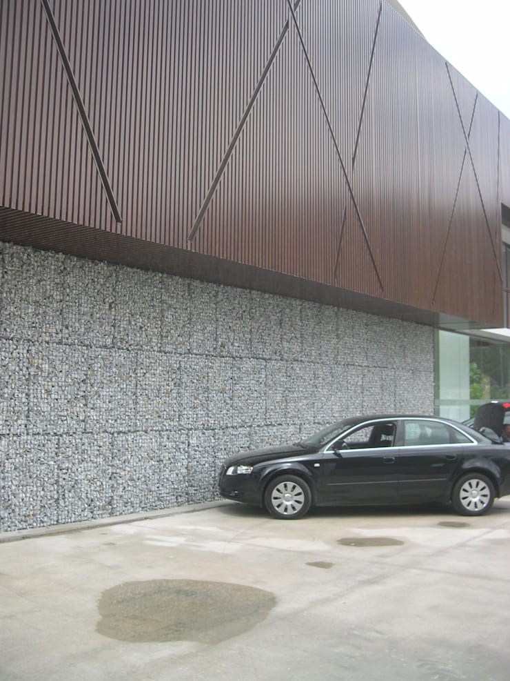 Centros comerciales de estilo  por Celebi Yapı, Moderno Metal
