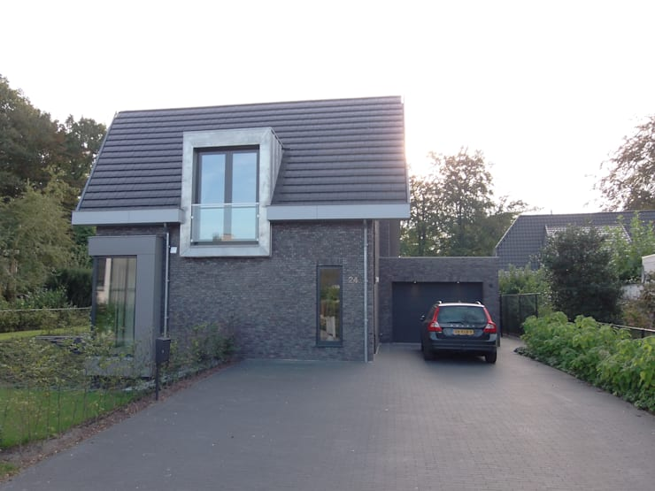 modern Houses by ir. G. van der Veen Architect BNA