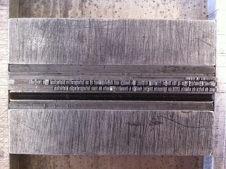 Composição da contra capa:   por Tipografia Dias
