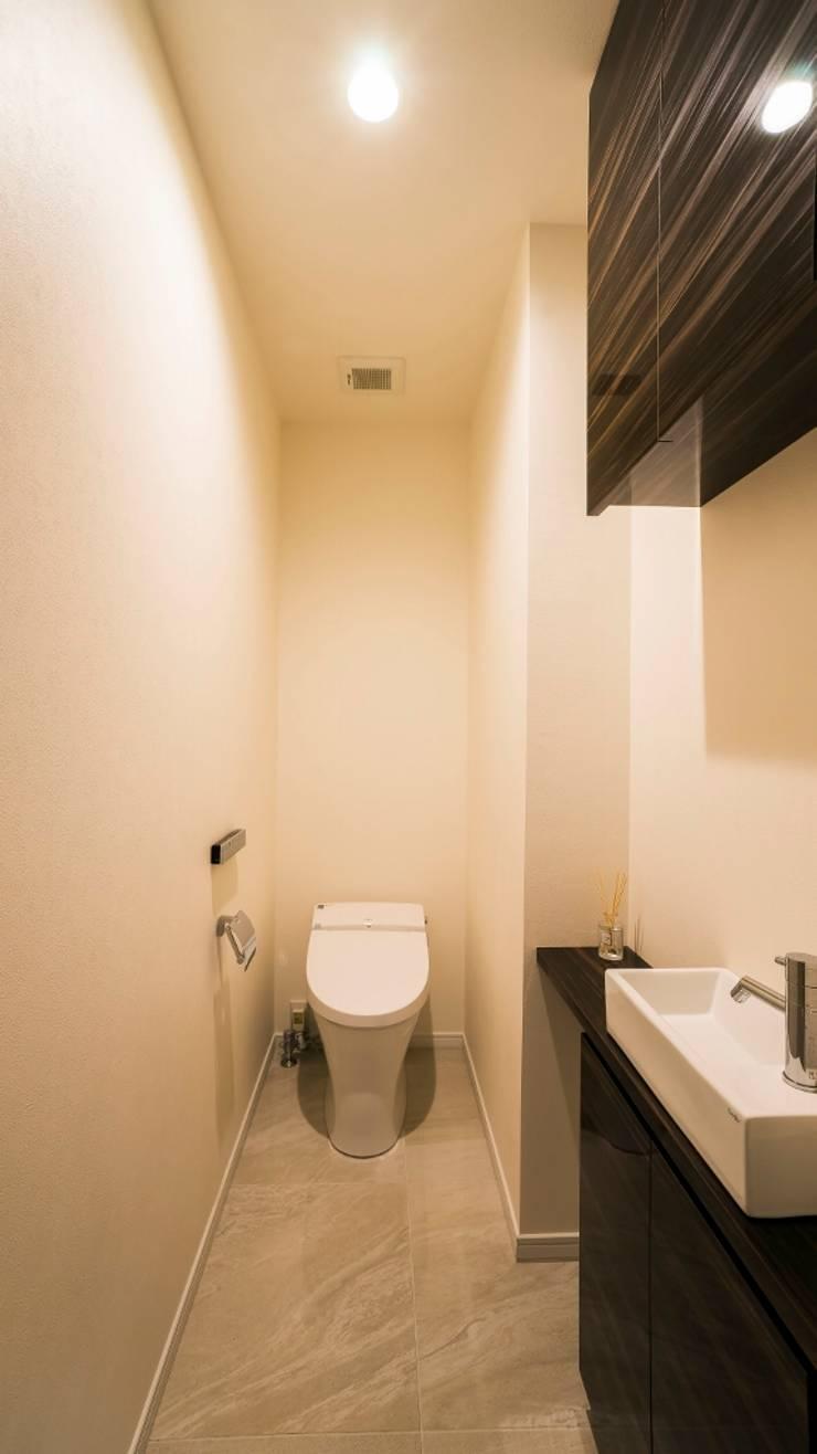 トイレ: QUALIAが手掛けた浴室です。
