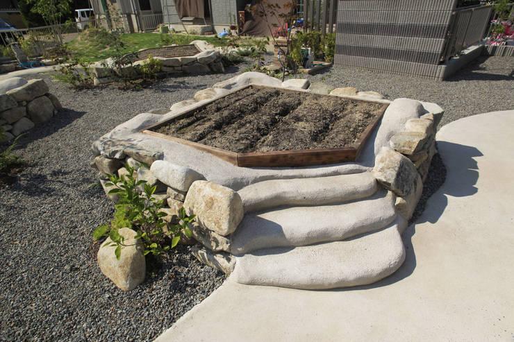 畑ノ庭 - 写真02: 平山庭店が手掛けた庭です。