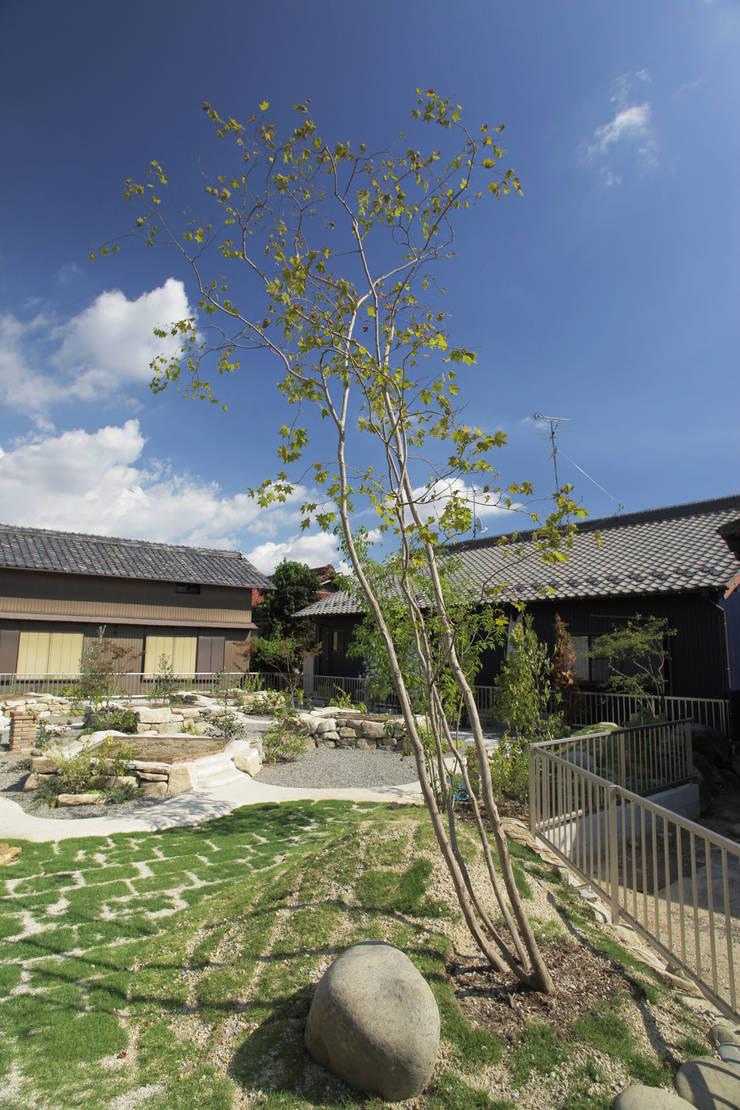 畑ノ庭 - 写真03: 平山庭店が手掛けた庭です。