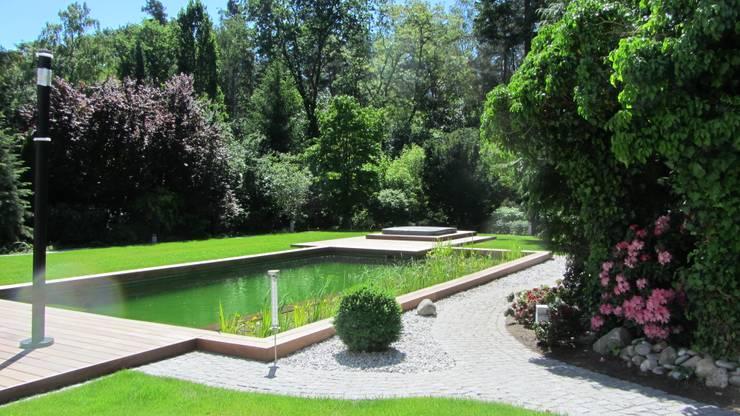 泳池 by Natur & Heim GmbH