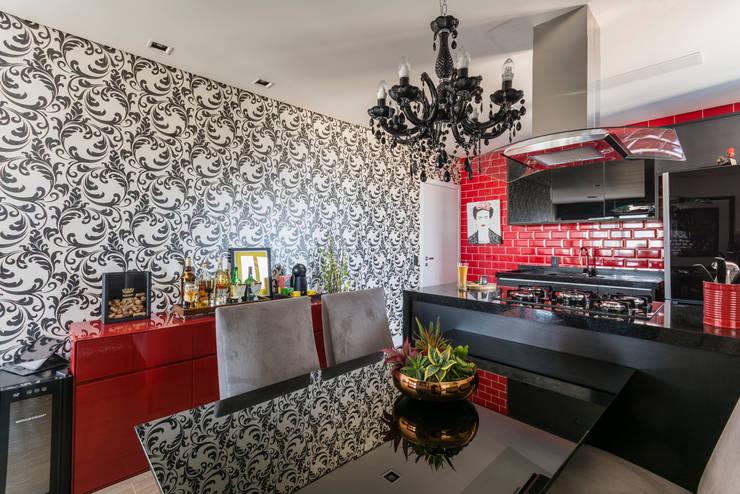 Cocinas de estilo  de Lo. interiores,