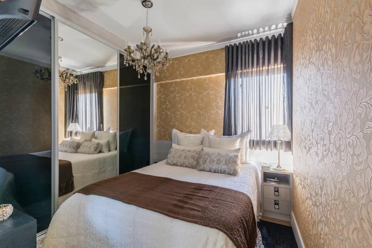 Habitaciones de estilo  por Lo. interiores