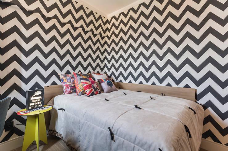 Phòng ngủ phong cách hiện đại bởi Lo. interiores Hiện đại